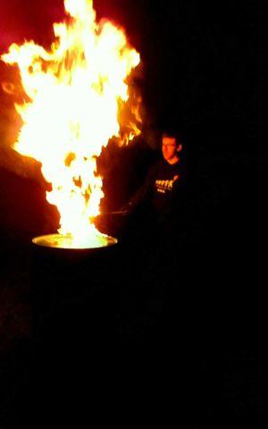 Le-peuple-du-feu-flame-torche-feu-normandie-spectacle-animation-1