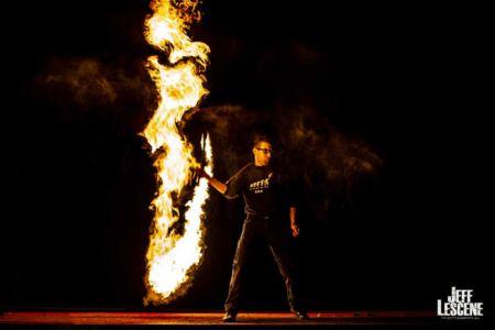 Le-peuple-du-feu-gora-effet-normandie-spectacle-animation